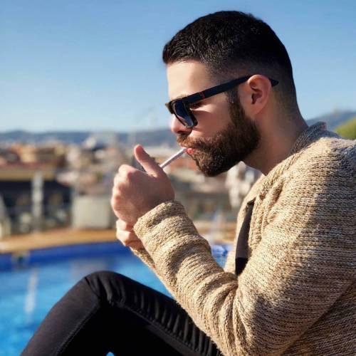 عکس سیگار پسرونه