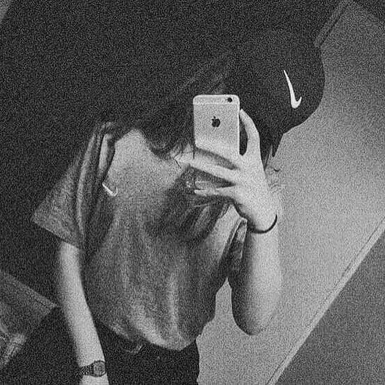 عکس پروفایل سیاه و سفید