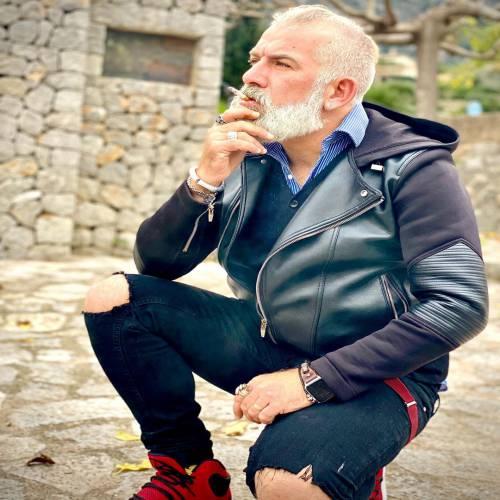 عکس پروفایل پسر با سیگار