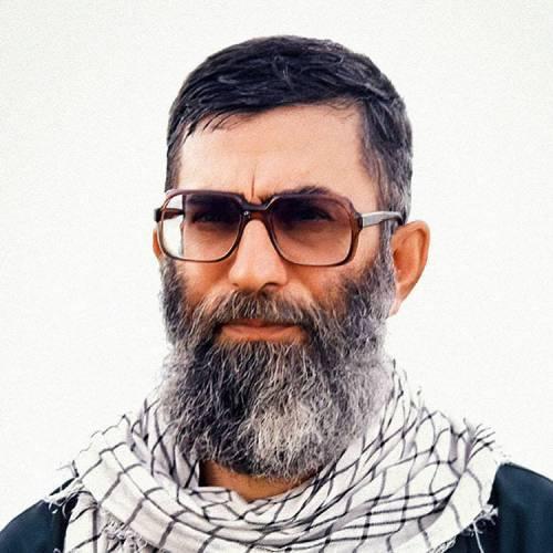پروفایل رهبر و حاج قاسم